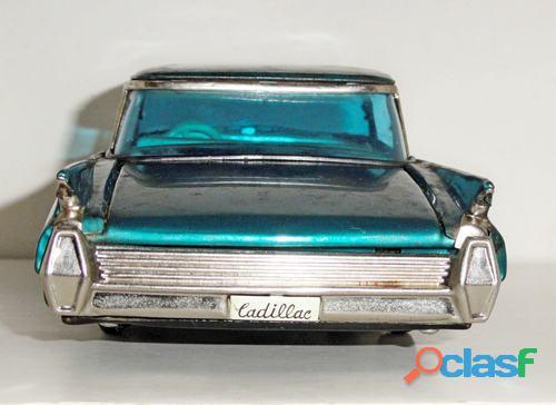 Cadillac Sedan.Bandai.Na caixa original. 5