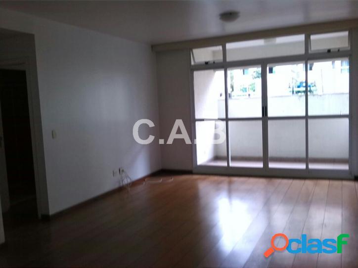 Apartamento no edifício condominio Master Alphaville 1