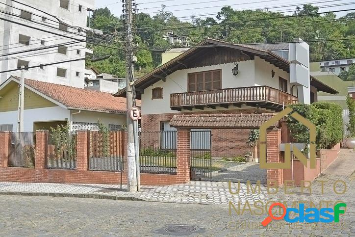 Casa com 3 quartos para locação comercial bairro Ponta Aguda, Blumenau SC 0