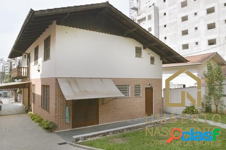 Casa com 3 quartos para locação comercial bairro Ponta Aguda, Blumenau SC 1