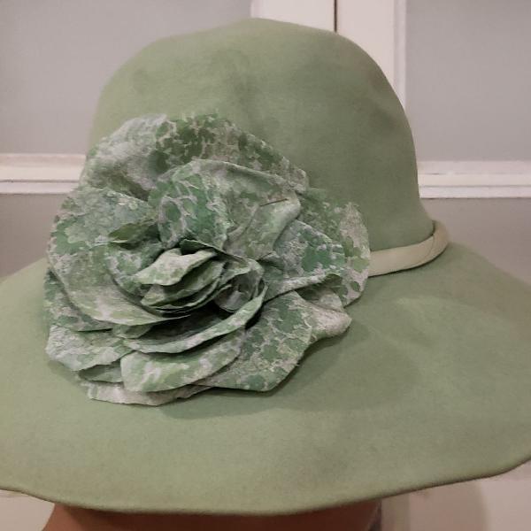 chapéu de feltro 0