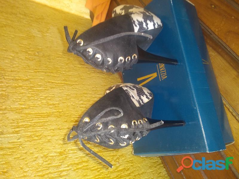 Sapato em couro salto alto 12 5