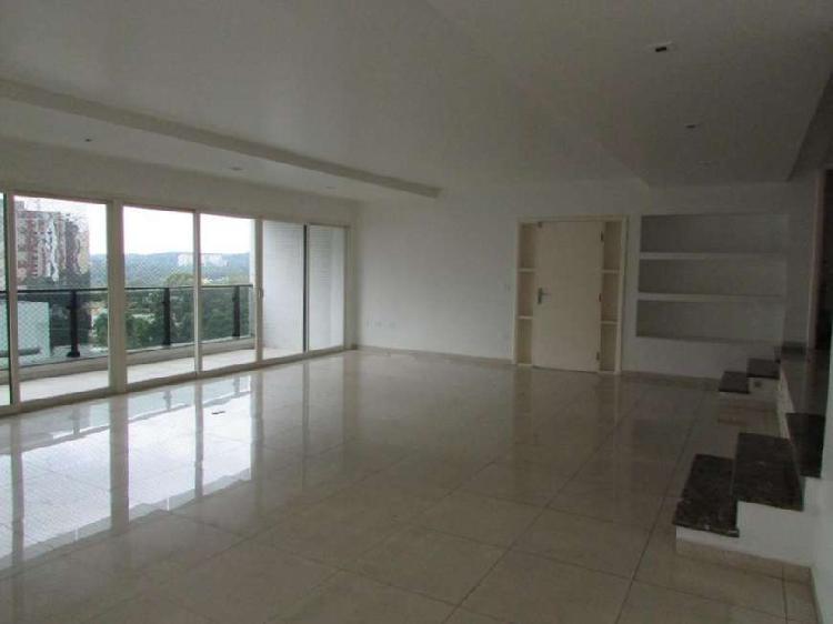 Apartamento de 4 Dormitorios no Cauaxi Plaza em Alphaville 0