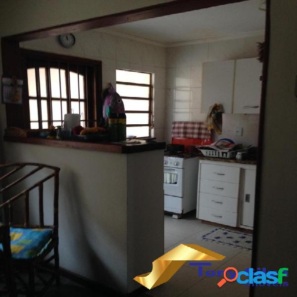 Casa em condomínio 2 quartos nas Palmeiras Cabo Frio 1