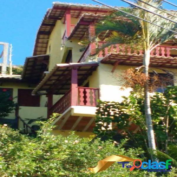 Casa triplex em condomínio independente com 3 quartos em Cabo Frio 1