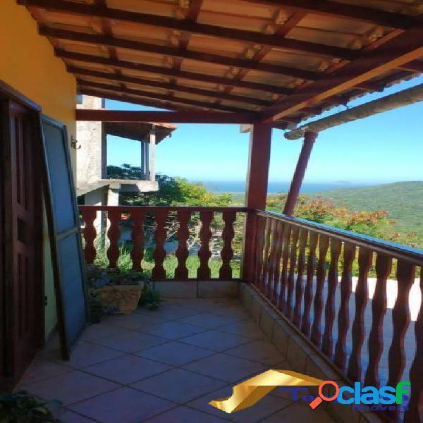 Casa triplex em condomínio independente com 3 quartos em Cabo Frio 2