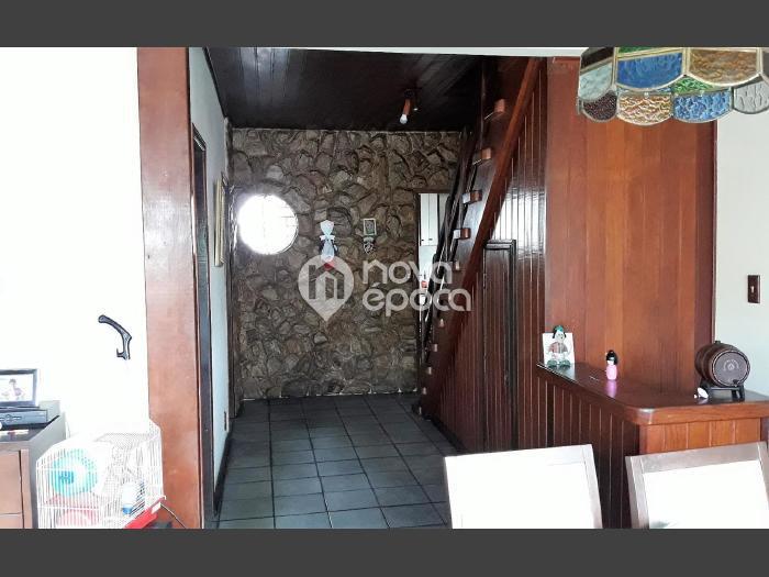Abolição, 5 quartos, 6 vagas, 568 m² Rua Teixeira de 0