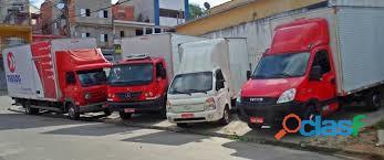 Frete,transporte caminhão 3/4 bau com plataforma elevatoria