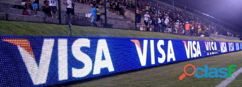 Painel de leds para o perímetro de estádio de futebol e eventos esportivos