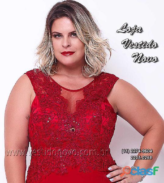 Vestido vermelho plus size, madrinha, mãe do noivo na aclimação, zona sul