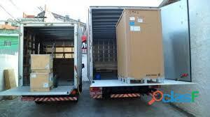 Frete e transporte aluguel(van)iveco baú com plataforma hidráulica 2