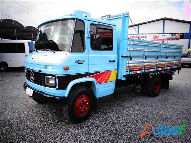Caminhão mb 608 ano 1987