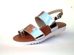 Sandálias rasteiras tratorada atcado