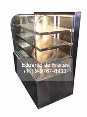 Vitrine expositora para doces e salgados, refrigerada e