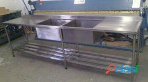 Pia em aço inox escovado medidas 1.50x60x90 com 2 cubas 50x50x30