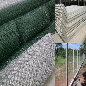 Mourão de concreto, telas onduladas e alambrado