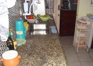 Arnaldo eugênio - 2 casas 2 quartos cada - 150m2 - 2 vagas