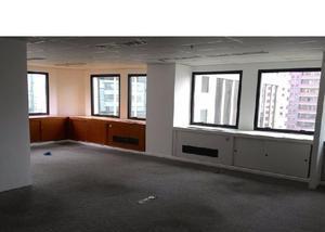 Itaim 10o m2 escritorio