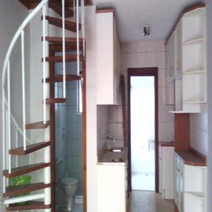 Sobrado condomínio fechado, semi-novo, 2 quartos, Bairro