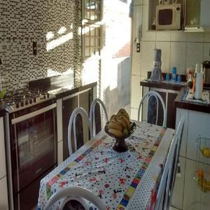 Vendo bela casa em caxambu