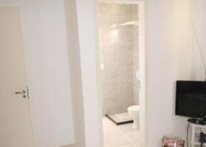 Casa nova 2 quartos (1 suíte) -condomínio- aceita