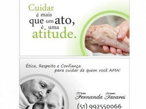 Cuidadora de idosos com experiência