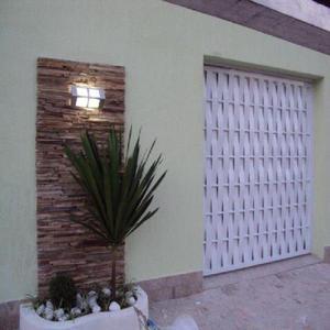 Portão entrelaçado alumínio branco
