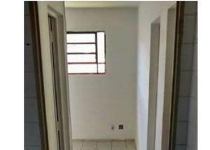 Apartamento - Valo Velho - 02 Dormitórios