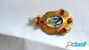 Medalha em ouro rosa modelo santos