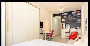Apartamento studio em rua tranquila de copacabana