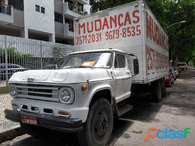 Vendo caminhão baú rj r$18.500   25712031/996798535