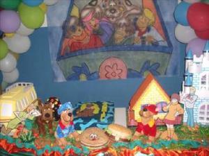 Alugo mesa do scooby doo para festa infantil