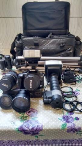Máquina fotográfica canon e acessórios