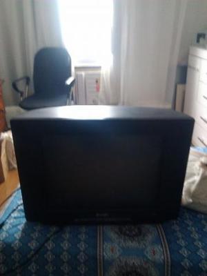 Tv philips tubo 20 polegadas tela plana ótimo estado de
