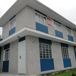 Casa ideal para clínicas, consultórios ou casa de