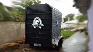 Carretinha para um ou dois cavalos carreta trailer reboque