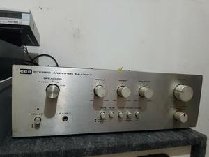 Amplificador cce