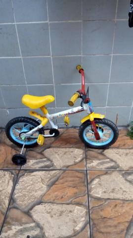 Bicicleta infantil semi nova.entrego estações de osasco e