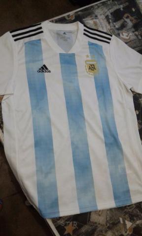 Camisa seleção argentina copa 2018 tamanho g em Taboão Da Serra ... c932453af627c