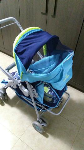 Carrinho de bebê; galzerano, azul; ótimo estado; retirada