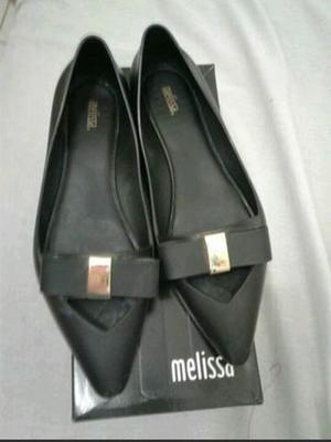Melissa original semi nova tamanho 38