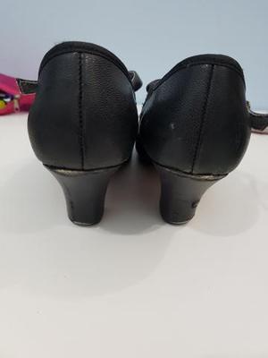 a6a2aac76 Dois pares sapatos 【 REBAIXAS Maio 】 | Clasf