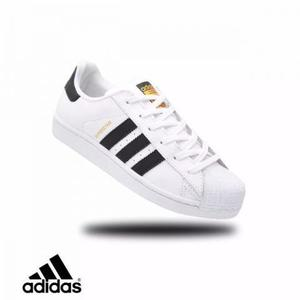 Tenis adidas superstar