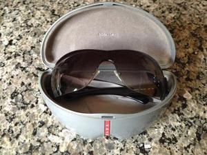 Oculos prada usado   REBAIXAS fevereiro     Clasf 3c3fe5389a