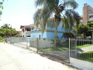 Casa p/ 8 pessoas a 120 metros da praia