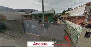 Kitnet Toda Reformada e com forro novo no Rio Vermelho -