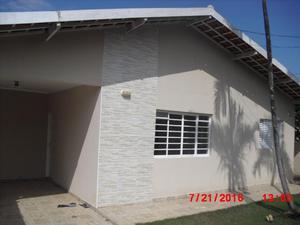 Casa térrea- 02 dorms, com habite-se-rua sem
