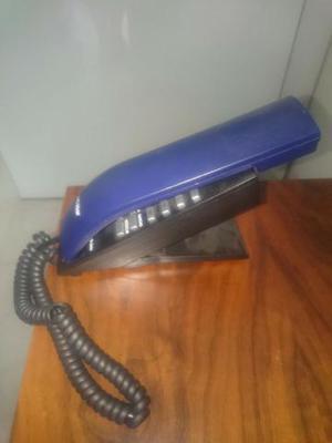 Telefone azul semi novo