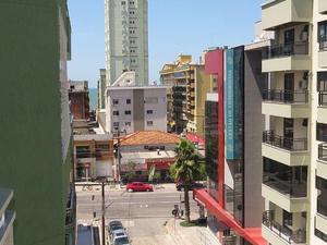 Apartamento temporada com 3 quartos na meia praia itapema/sc