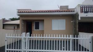 Casa nova e bem mobiliada a 180 mts do mar em itapoá sc